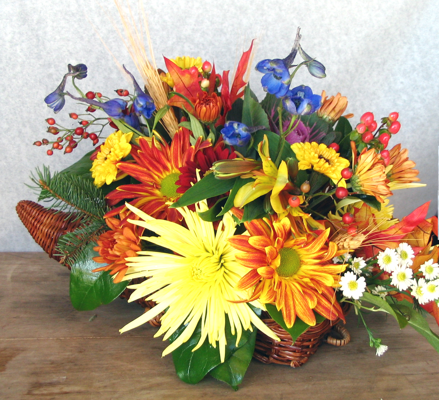Order your thanksgiving centerpiece now